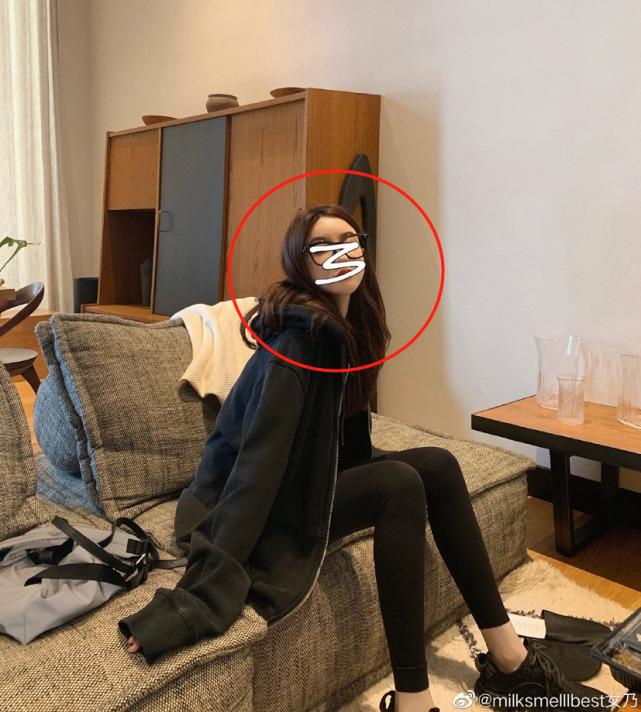 Vợ chủ tịch Taobao lần đầu livestream khoe nhan sắc thật khiến dư luận trầm trồ, ngay sau đó nhân tình của chồng liền đăng ảnh gây khó hiểu - Ảnh 6.