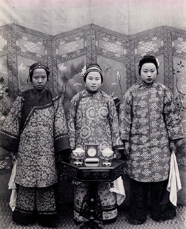 Loạt ảnh cũ quý hiếm phản ánh chân thực dung nhan của những phụ nữ vào cuối thời nhà Thanh - Ảnh 10.