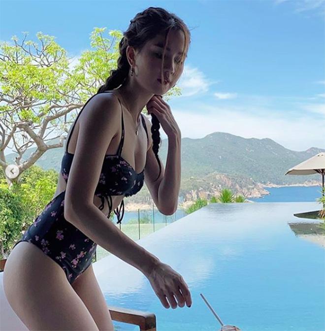 Ngọc Trinh tung ảnh bikini gợi cảm - Ảnh 6.