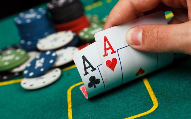 Con người lúc có tiền, cần tránh xa 3 nơi, lúc không tiền, cần tránh xa 2 người - Ảnh 2.