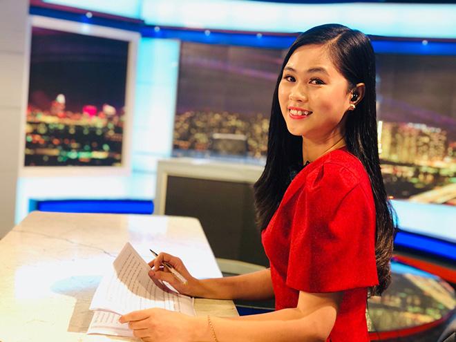 Điều ít biết về nữ MC xinh đẹp, dẫn thời sự trực tiếp trên VTV - Ảnh 1.