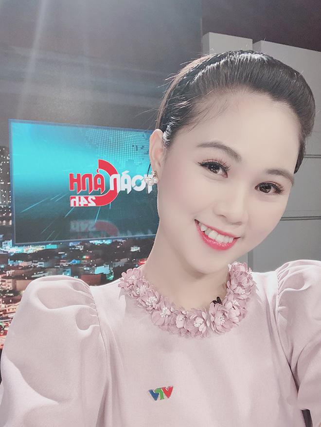 Điều ít biết về nữ MC xinh đẹp, dẫn thời sự trực tiếp trên VTV - Ảnh 8.