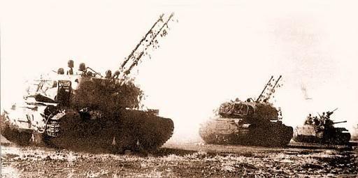 Tạm cất xe tăng, nhận pháo phòng không tự hành đi đánh máy bay: Cuộc chiến mới bắt đầu - Ảnh 5.