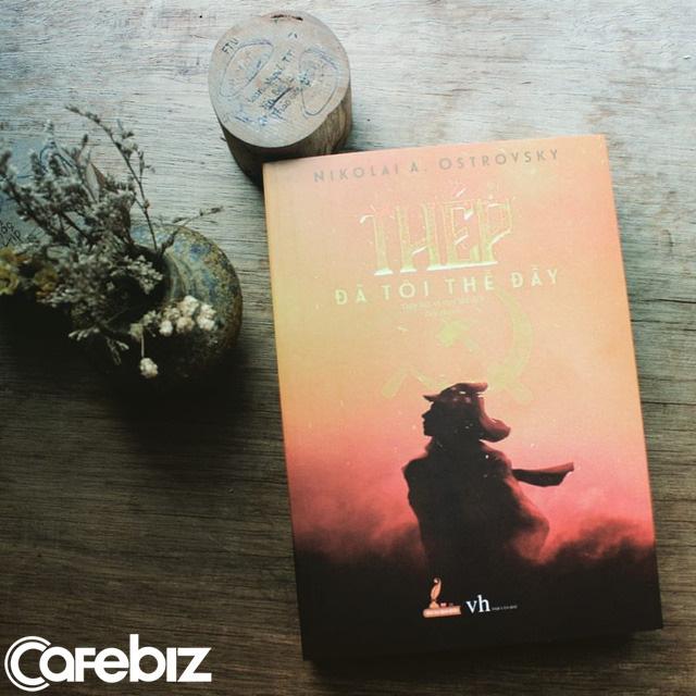 Tình cờ phát hiện tỷ phú Phạm Nhật Vượng và Chủ tịch Thái Hương cùng yêu thích một cuốn tiểu thuyết, người trẻ muốn thành công như họ đều nên đọc - Ảnh 1.
