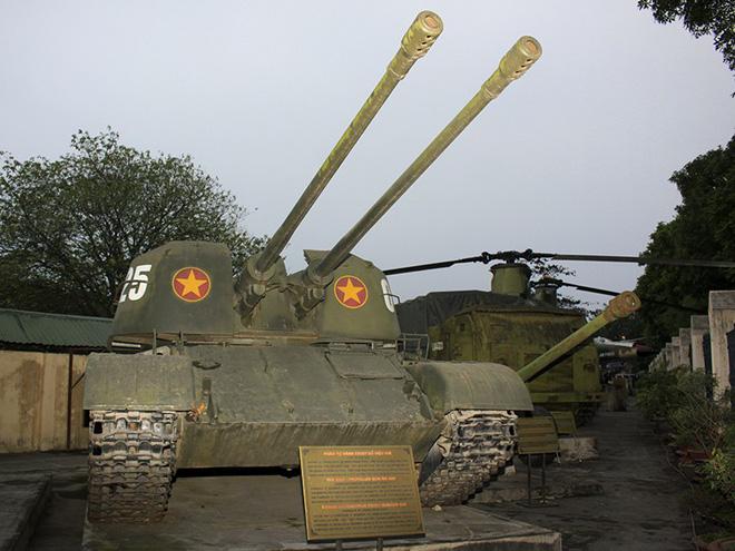 Tạm cất xe tăng, nhận pháo phòng không tự hành đi đánh máy bay: Cuộc chiến mới bắt đầu - Ảnh 3.
