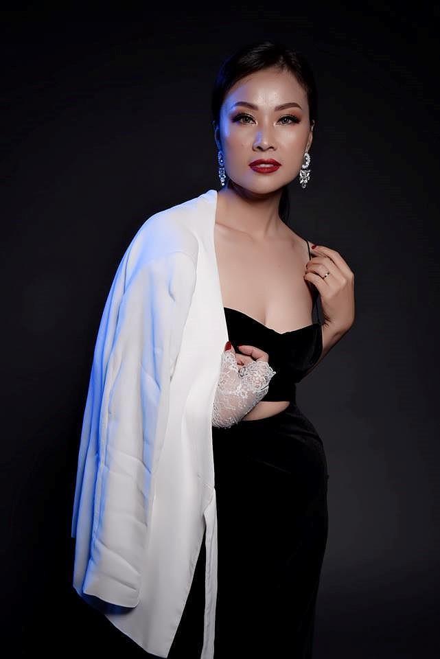Chuyện ít biết về người vợ xinh đẹp đứng sau ánh hào quang của ca sĩ Đăng Dương - Ảnh 11.