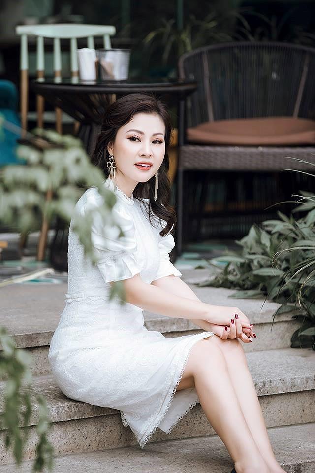 Chuyện ít biết về người vợ xinh đẹp đứng sau ánh hào quang của ca sĩ Đăng Dương - Ảnh 4.
