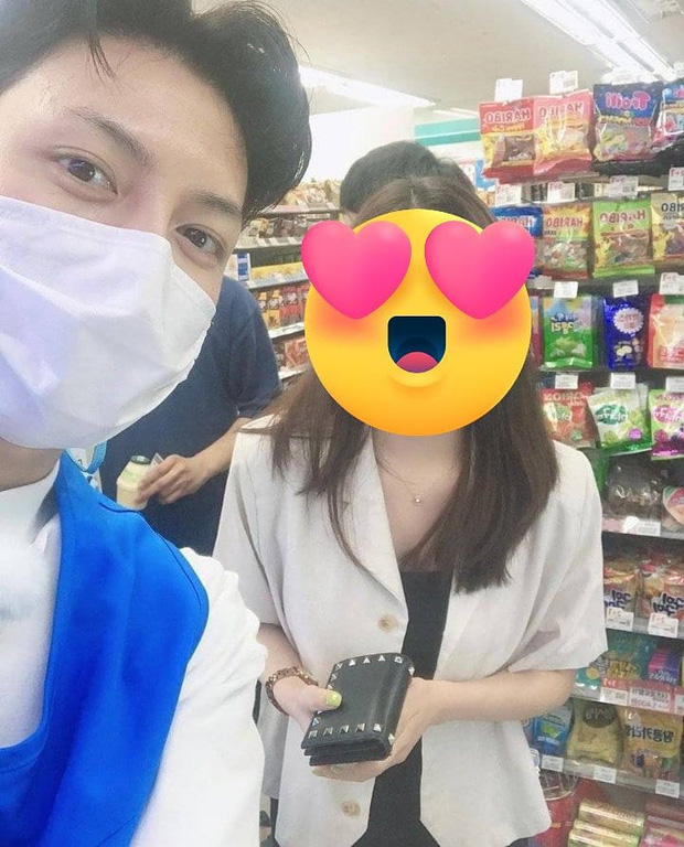 Ji Chang Wook gây bão khi lộ ảnh thực sự đi làm thêm ở cửa hàng tiện lợi, mặt mộc 100% khiến dân tình choáng nhẹ - Ảnh 4.