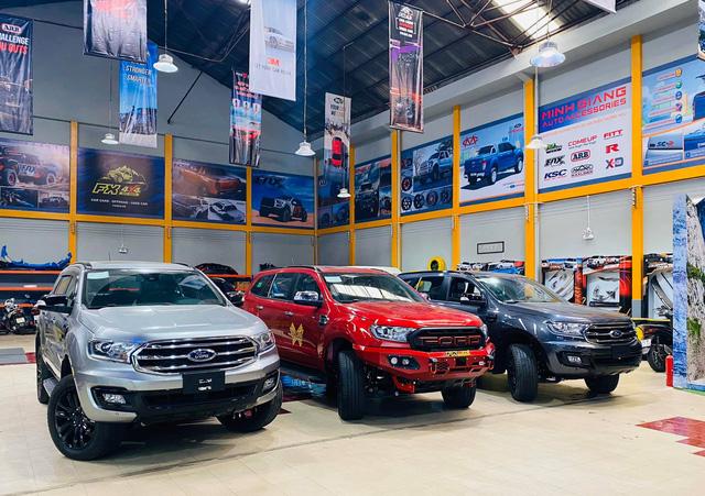 Loạt SUV 7 chỗ đáng mua giảm giá kịch sàn tại Việt Nam: Cao nhất 200 triệu đồng, thấp chưa từng thấy - Ảnh 3.