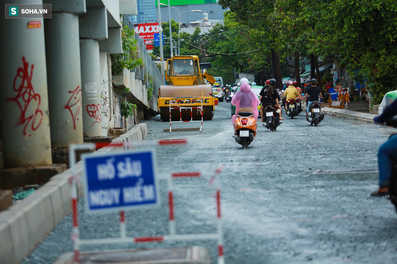 [Ảnh] Rốn ngập Sài Gòn lại chìm trong biển nước: Đường càng sửa dân càng khổ - Ảnh 15.