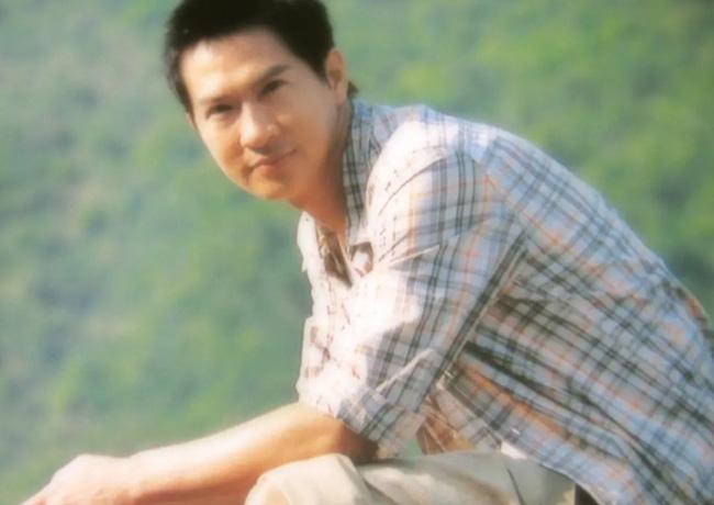 Chuyện tình 3 thập kỷ của Trương Gia Huy và Quan Vịnh Hà: Gã trai nghèo bỏ xứ ra đi vì mặc cảm nghèo kém nhưng một hành động của người phụ nữ đã thay đổi tất cả - Ảnh 2.