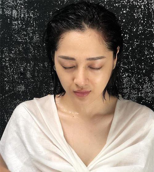 Sao Việt dũng cảm công khai mặt mộc: Người thì quá khác lạ, kẻ lại làm khán giả vỡ mộng vì nhiều khuyết điểm - Ảnh 20.