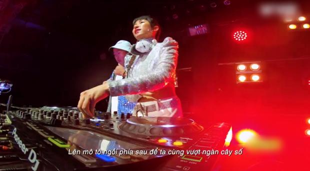 DJ Trang Moon bị 'dìm hàng' vì góc máy quay ở King Of Rap, so với ảnh sống ảo mới bất ngờ - ảnh 3
