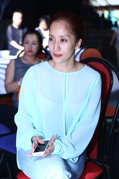 Sao Việt dũng cảm công khai mặt mộc: Người thì quá khác lạ, kẻ lại làm khán giả vỡ mộng vì nhiều khuyết điểm - Ảnh 6.