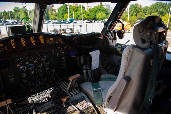Gặp gỡ Thợ săn Bão - Những chiếc máy bay liều mạng nhất nước Mỹ - Ảnh 5.