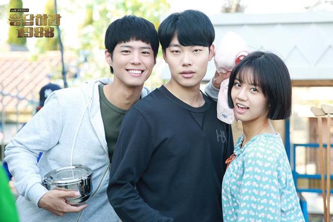 Park Bo Gum: Cậu bé mất mẹ gánh nợ 16 tỷ thành tài tử thị phi bất đắc dĩ, hết bị đồn yêu sao nữ U50 đến phá hoại gia đình Song Song - Ảnh 6.