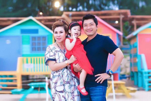 Vợ Quyền Linh, Kinh Quốc giàu có và thành đạt giúp chồng đổi đời như thế nào? - ảnh 4