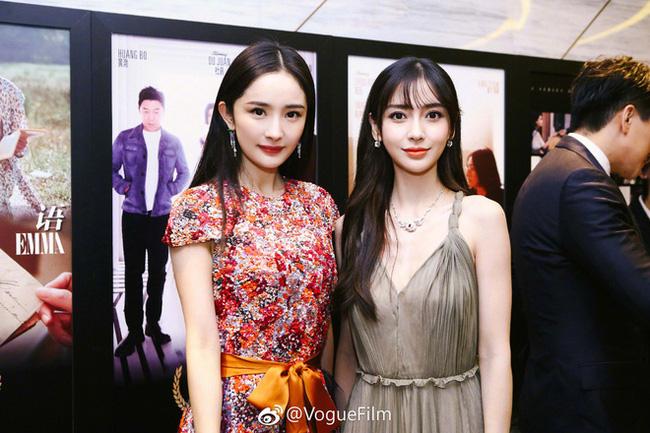 Đôi bạn thân Dương Mịch và Angelababy xuất hiện trong một khung hình nhưng fan lại cãi nhau gay gắt vì lý do muôn thuở - Ảnh 4.