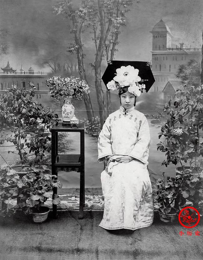 Loạt ảnh khắc họa toàn bộ cuộc sống của gia đình Hoàng đế nhà Thanh cuối cùng: 3 thế hệ cùng sống dưới 1 mái nhà và những câu chuyện ít người biết - Ảnh 6.