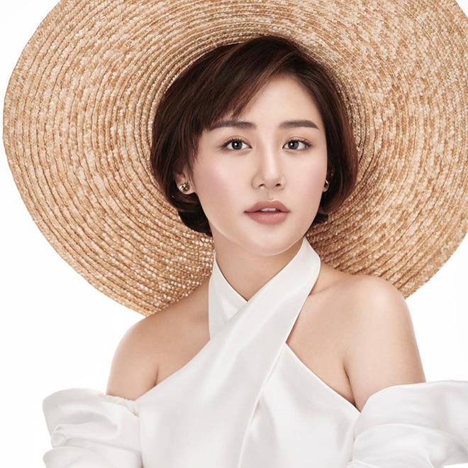 """Thực hư việc Văn Mai Hương hát """"Hoa nở không màu"""" trái phép - Ảnh 3."""