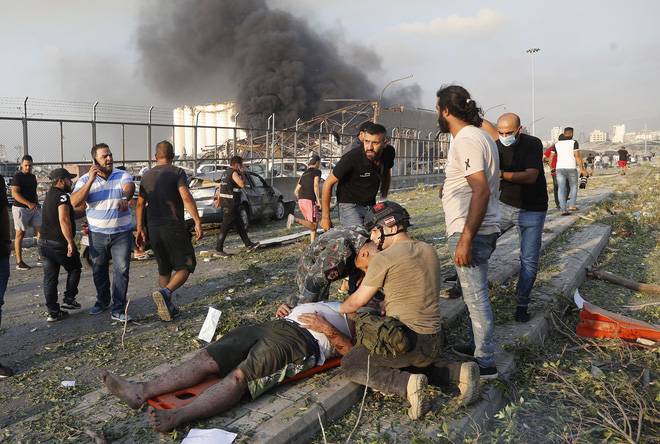 Vụ nổ kinh hoàng ở Lebanon: Nhân chứng chưa hoàn hồn nói khủng khiếp hơn chiến tranh - Ảnh 3.