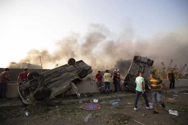 Vụ nổ kinh hoàng ở Lebanon: Nhân chứng chưa hoàn hồn nói khủng khiếp hơn chiến tranh - Ảnh 5.