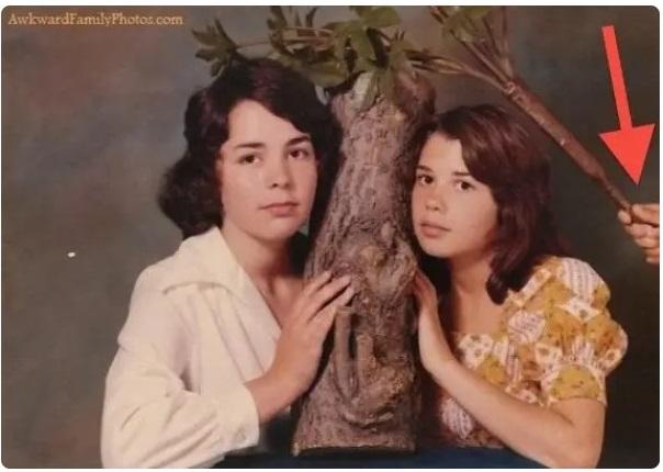 Cười đau ruột khi xem các bức ảnh chụp anh chị em một nhà: Kiểu gì cũng có một nhân vật phá hỏng khuôn hình - Ảnh 11.