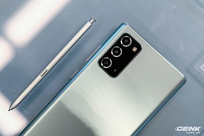 Trên tay Galaxy Note20/Note20 Ultra vừa ra mắt: Một cứng cáp, một mềm mại, màu đẹp xuất sắc, hợp cả nữ lẫn nam - Ảnh 20.