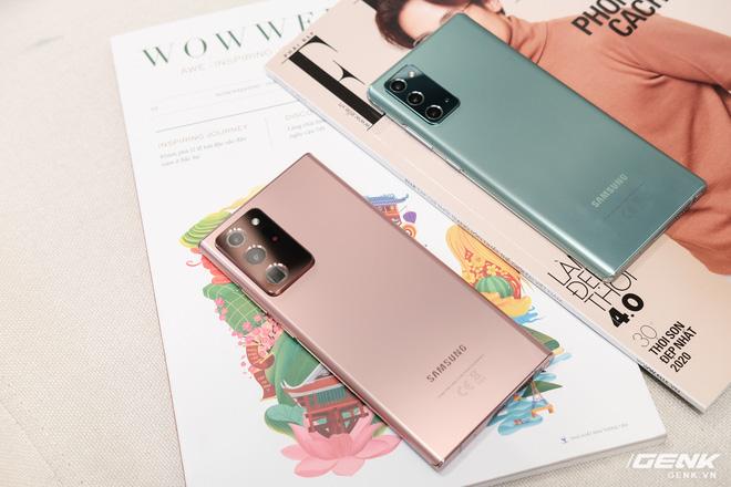 Trên tay Galaxy Note20/Note20 Ultra vừa ra mắt: Một cứng cáp, một mềm mại, màu đẹp xuất sắc, hợp cả nữ lẫn nam - Ảnh 22.