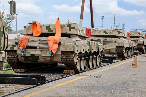Tăng chiến đấu chủ lực Type-96 Trung Quốc đến Nga dự Army-2020 - Ảnh 4.