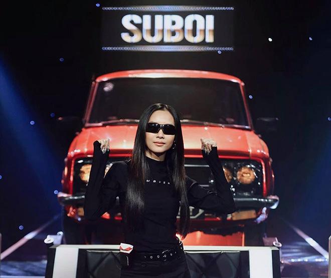 """Danh tính đại gia sở hữu dàn siêu xe xuất hiện trong show cực hot """"Rap Việt"""" - Ảnh 1."""