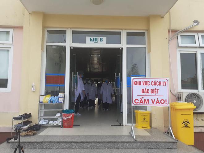 Nữ giáo viên nước ngoài tại Trung tâm Anh ngữ ở Nghệ An bị sốt, đau họng sau khi đi Đà Nẵng về - Ảnh 1.