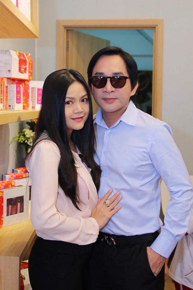 NS Kim Tử Long thừa nhận ngoại tình trên sóng truyền hình, cách xử lý khéo léo của bà xã khiến anh dừng ngay việc sai trái! - Ảnh 1.