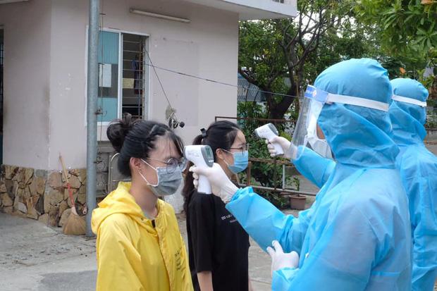 Chuyện cảm động mùa dịch: Hàng trăm sinh viên Đà Nẵng tình nguyện nhường suất hỗ trợ cho người có hoàn cảnh khó khăn - Ảnh 3.