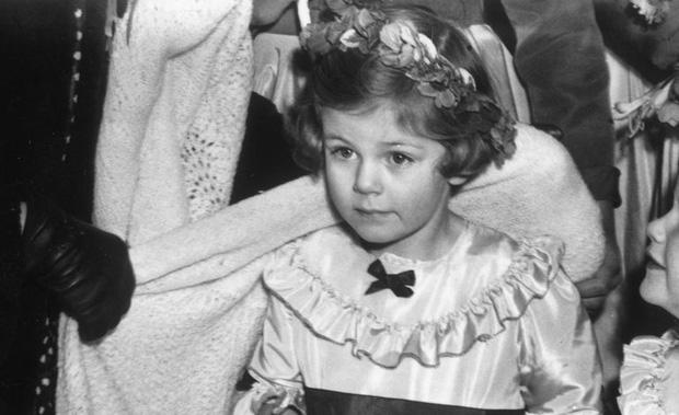 Camilla Parker Bowles: Từ cô tiểu thư sinh ra đã ngậm thìa bạc, bà cố là nhân tình khét tiếng của Vua cho đến người thứ 3 bị ghét nhất nước Anh - Ảnh 2.
