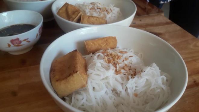 """Những món ăn cộp mác """"cuối tháng hết tiền"""" của người Việt: Tuy đơn sơ nhưng ngon đến lạ - ảnh 3"""