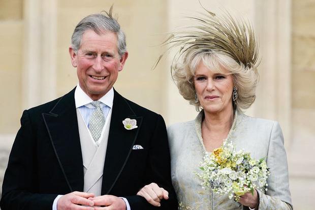 Camilla Parker Bowles: Từ cô tiểu thư sinh ra đã ngậm thìa bạc, bà cố là nhân tình khét tiếng của Vua cho đến người thứ 3 bị ghét nhất nước Anh - Ảnh 12.