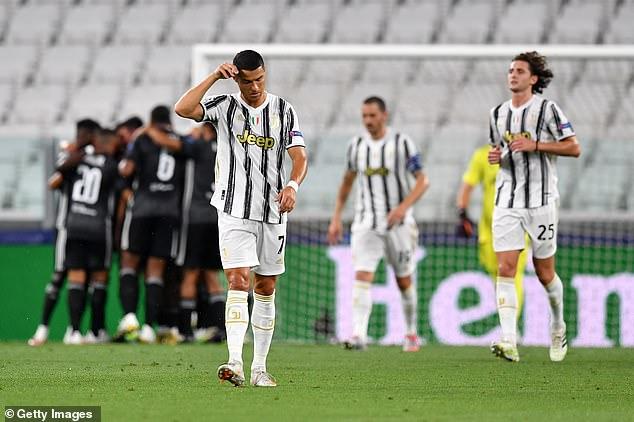 Lập siêu phẩm, phá kỷ lục, nhưng Ronaldo vẫn phải nhìn đội nhà bay khỏi Champions League - Ảnh 5.