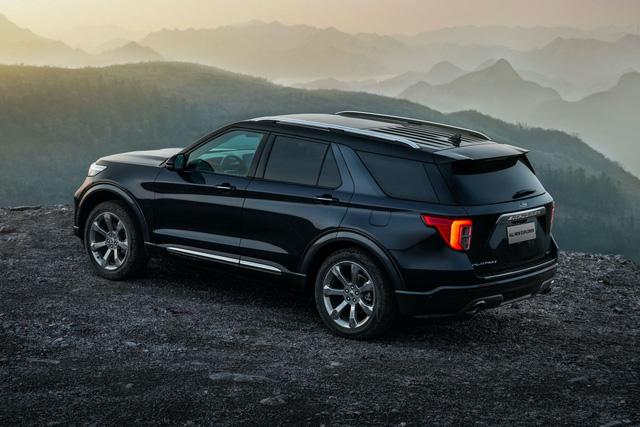 Ford Explorer mới hạ giá khủng nhất từ trước tới nay - Ảnh 2.