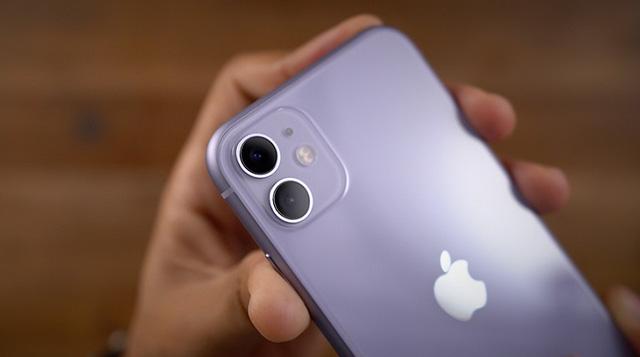iPhone XS Max, iPhone 11, iPhone SE 2020... đồng loạt rớt giá mạnh - Ảnh 2.