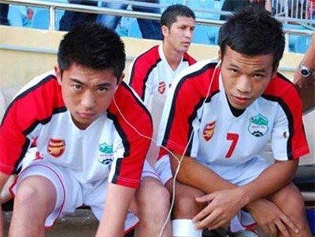Nỗi ám ảnh một thời của bóng đá Việt & cuộc tình làm nên tên tuổi bầu Đức - Ảnh 3.