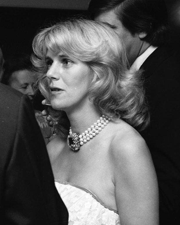 Mang tiếng là kẻ thứ 3 kém sắc nhưng loạt ảnh thời trẻ của bà Camilla sẽ khiến nhiều người nghĩ lại bởi không hề thua kém Công nương Diana - Ảnh 8.