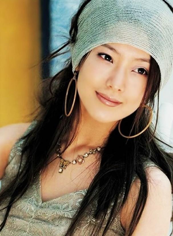Trước thời bộ ba Kim Tae Hee - Song Hye Kyo - Jun Ji Hyun khuấy đảo Kbiz thì hai trường phái nhan sắc bất bại này đã từng làm cả Châu Á mê mẩn - Ảnh 8.
