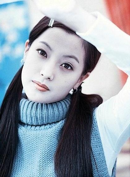 Trước thời bộ ba Kim Tae Hee - Song Hye Kyo - Jun Ji Hyun khuấy đảo Kbiz thì hai trường phái nhan sắc bất bại này đã từng làm cả Châu Á mê mẩn - Ảnh 9.