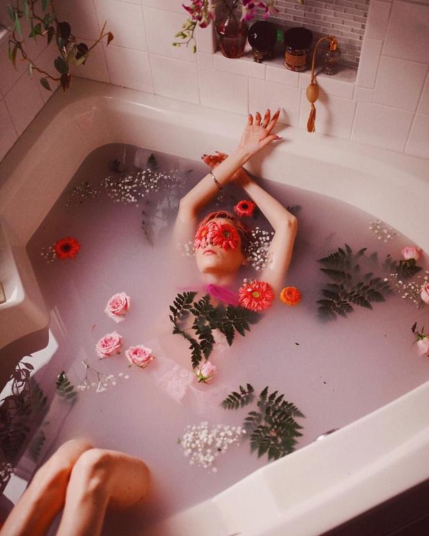 5 sai lầm khi tắm nhiều người mắc phải, không chỉ gây hại cho da mà còn ảnh hưởng đến sức khỏe - Ảnh 2.