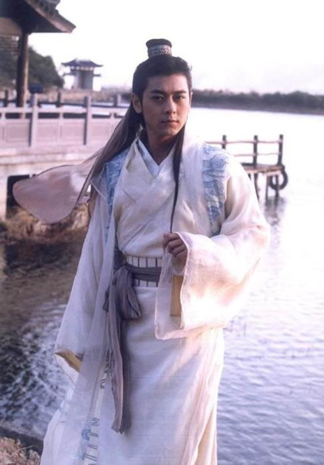 Thiên Long Bát Bộ sau 17 năm: Lâm Chí Dĩnh hạnh phúc viên mãn, Lưu Diệc Phi sang Hollywood vẫn đơ toàn tập - Ảnh 1.