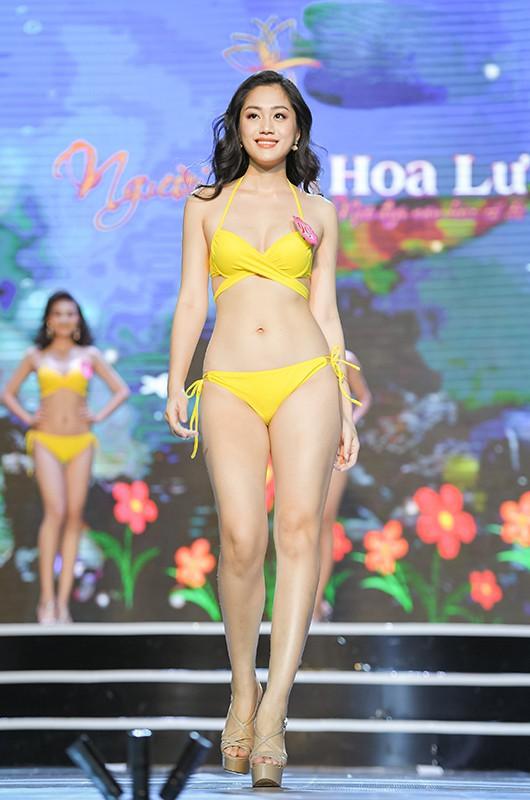 Thí sinh Hoa hậu Việt Nam 2020 khoe dáng cực phẩm với bikini - Ảnh 13.