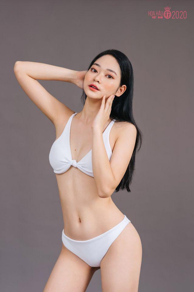 Thí sinh Hoa hậu Việt Nam 2020 khoe dáng cực phẩm với bikini - Ảnh 4.