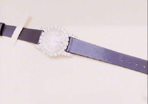 Choáng với bộ sưu tập đồng hồ tiền tỷ của Nữ hoàng nội y Ngọc Trinh - Ảnh 10.