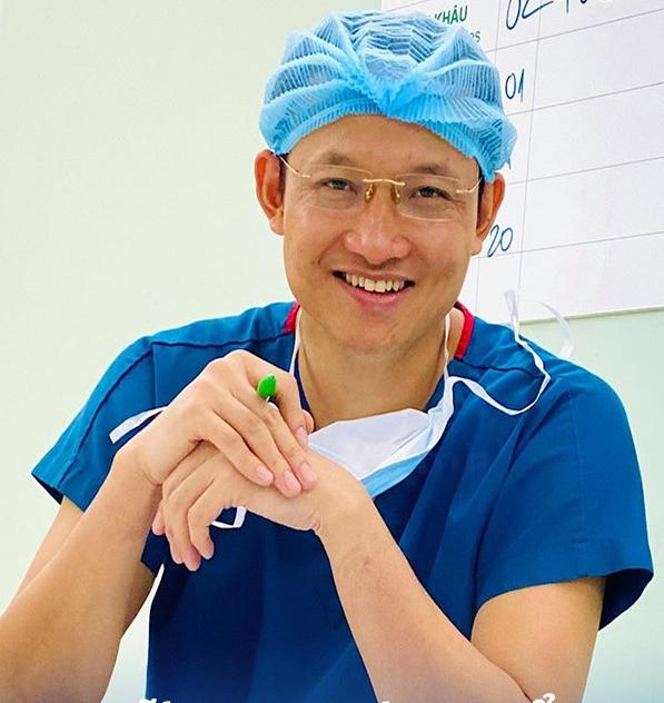 """Bệnh lý viêm ruột thừa, sợ nhất hai từ """"quá muộn"""": Bác sĩ BV Việt Đức lưu ý những phản xạ cần có khi đau bụng để bảo toàn tính mạng - Ảnh 1."""